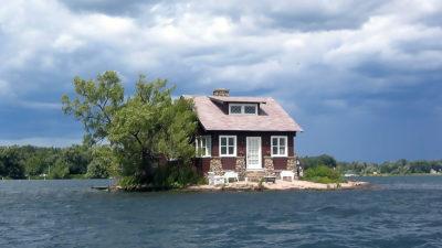 Aceasta este cea mai mică insulă din lume: cum a câștigat locul în Cartea Recordurilor