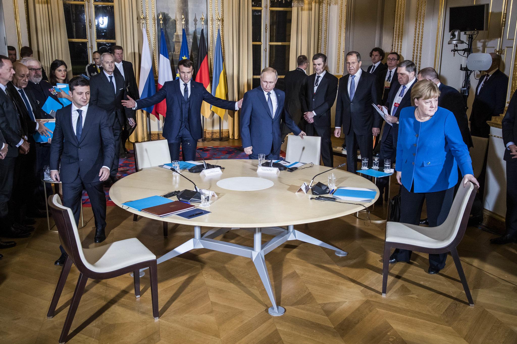 vladimir putin ucraina merkel franta