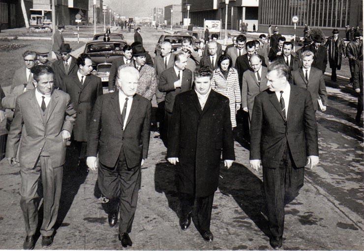Care erau marile fabrici și uzine, motoarele economiei pe vremea lui Nicolae Ceaușescu. Ce s-a întâmplat azi cu ele