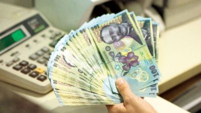 Lovitură pentru 1,8 milioane de români. Ce categorie riscă să rămână fără pensie. Anunțul Guvernului Orban