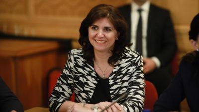 Cititul la școală, obligatoriu: soluția ministrului pentru analfabetismul funcțional din România