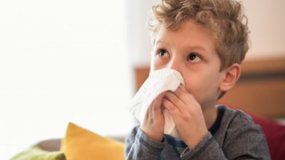 Sfatul medicilor: cum îți poți feri copiii de gripă. Autoritățile recomandă cea mai sigură metodă