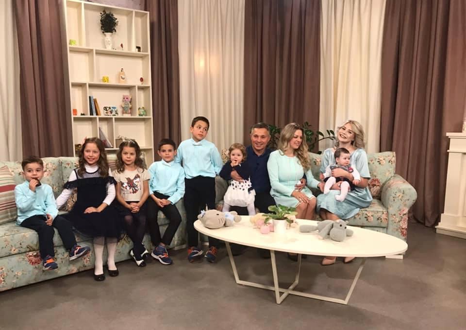 Marina Cârnaț are șapte copii, dar trăiește în lux. Cum a reușit și ce sfaturi le dă tuturor părinților