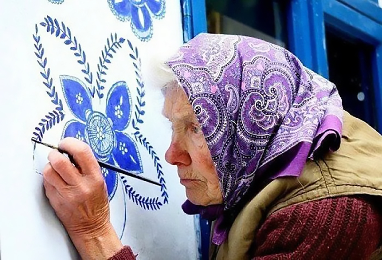 grandma-painter