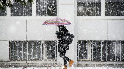 Alertă meteo! România, din nou sub zăpezi. 19 județe afectate de codul galben de ninsori