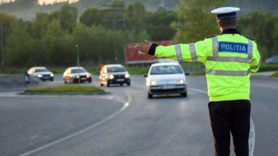 Schimbarea din Codul Rutier care i-a revoltat pe români. Cum pot rămâne fără permis șoferii în vârstă