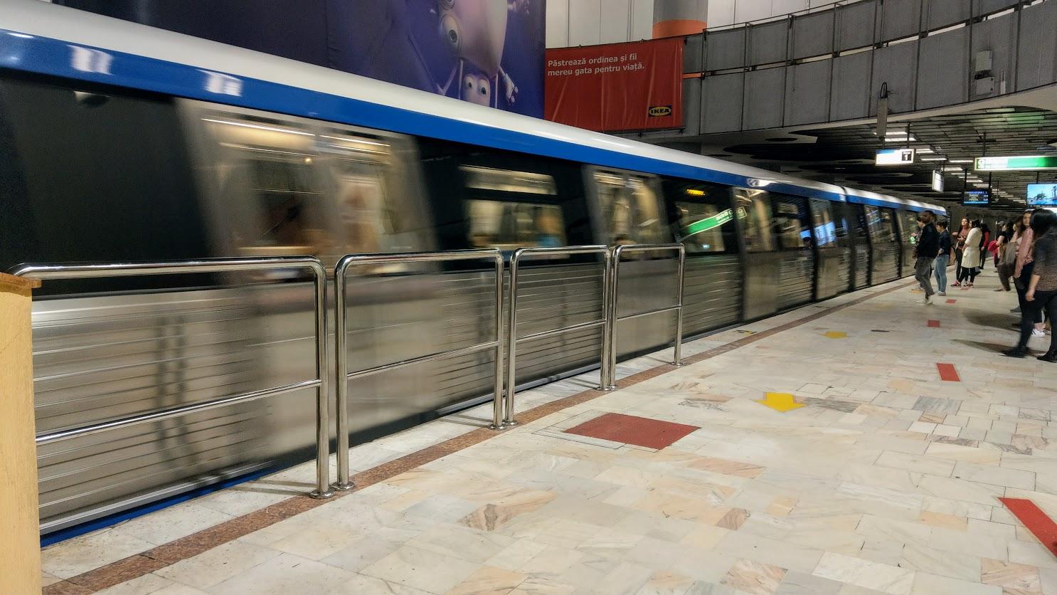 Metrourile sunt luate la puricat sursa foto: hotnews.ro