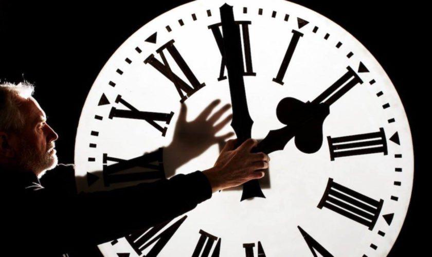 Ora de vară 2020. Ceasurile se dau înainte cu o oră. Efectele schimbării orei asupra organismului
