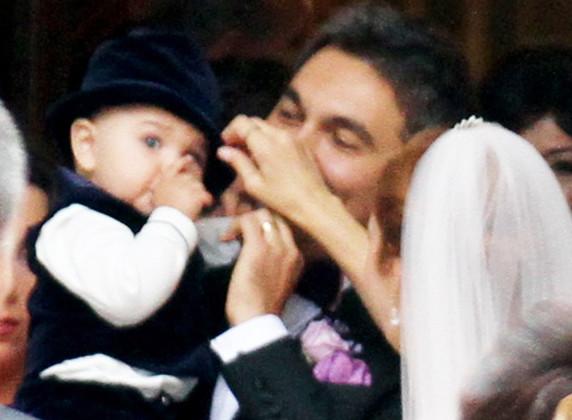 Luca, 9 luni, vedeta nunții
