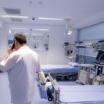 26.943 de persoane au murit în România, până acum, din cauza infectării cu COVID-19