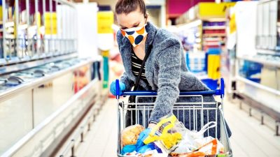 Cât de utile sunt mănușile atunci când mergem la cumpărături. Răspunsul specialiștilor