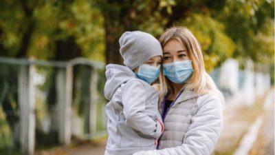 Orașul din România unde ești obligat prin lege să ai nasul și gura acoperite când ieși din casă