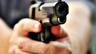 Un bărbat din Bolintin Vale a fost împușcat de polițiști. Ce făcea în plină stradă