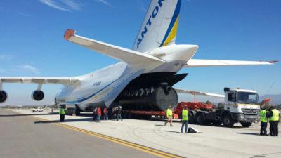 Premieră absolută! Când va ajunge în România cel mai mare avion de tip cargo din lume! Gigantul Antonov AN 124 va fi încărcat cu echipamente medicale