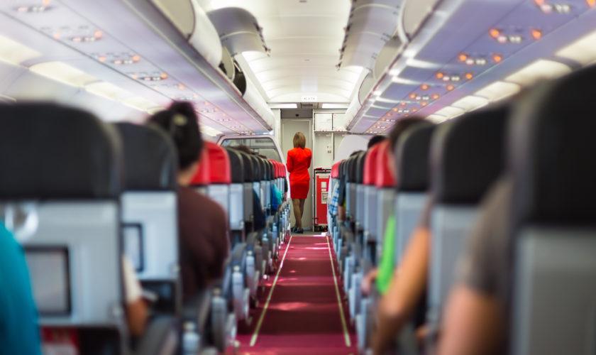 Prima companie aeriană românească pusă la pământ de criză! 90% dintre angajați sunt în șomaj tehnic