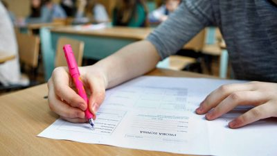 Teste noi de antrenament pentru Evaluarea Națională și Bacalaureat 2020. De unde le poți descărca