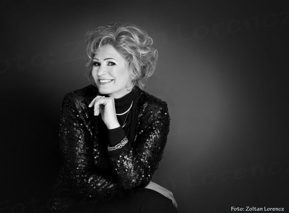 Cine este femeia care l-a cucerit pe Ceaușescu. O considera cea mai frumoasă din țară