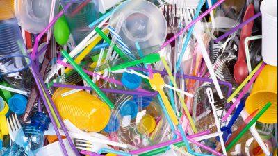 Din ce se face, de fapt, plasticul și ce procese chimice implică