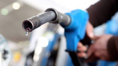 Prețul carburanților s-a modificat din nou din 1 mai. Cât costă benzina și motorina