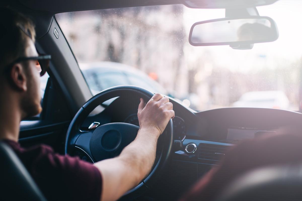 Proprietarii de mașini se pot alege cu dosar penal dacă își încredințează mașina unui șofer beat