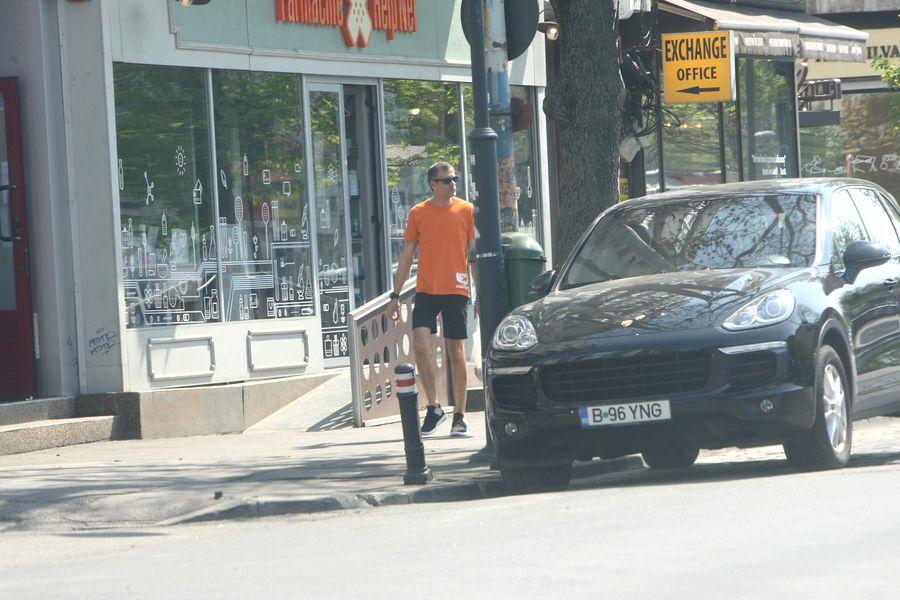 Cosmin Cernat, surprins la cumpărături. Sursă foto: CIAO