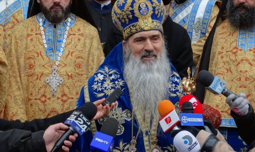 """ÎPS Teodosie, reacție halucinantă la adresa recomandărilor INSP: """"Biserica este autonomă de stat!"""""""