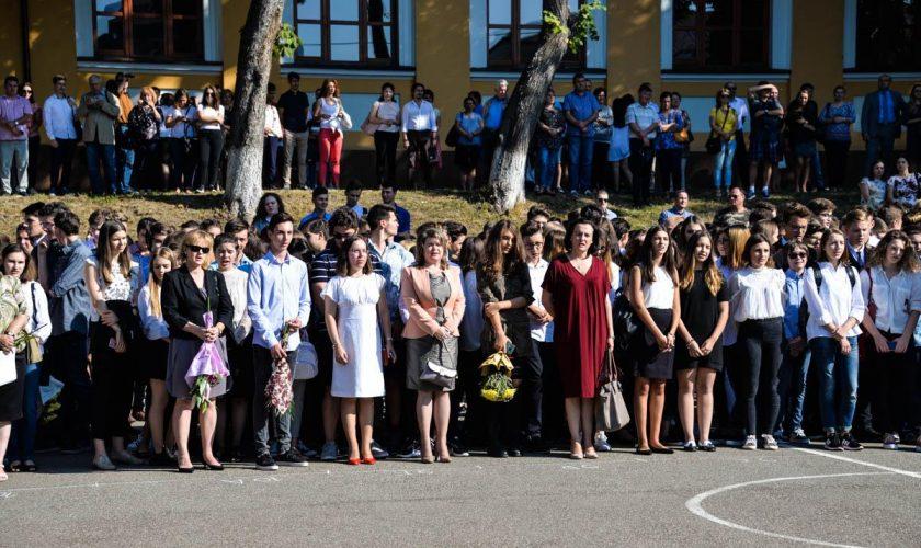 Cum se vor desfășura festivitățile de sfârșit de an, în 2020. Măsura luată în toate școlile din România