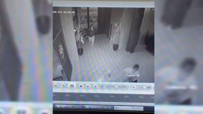 Imagini revoltătoare la Timișoara. O mamă este surprinsă cum își izbește bebelușul de pământ după o ceartă cu iubitul