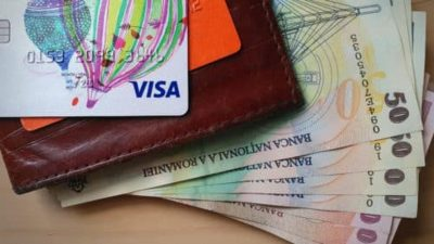 Alertă pentru toți cei care au cont și card bancar. Rămâi fără bani dacă pici în această capcană