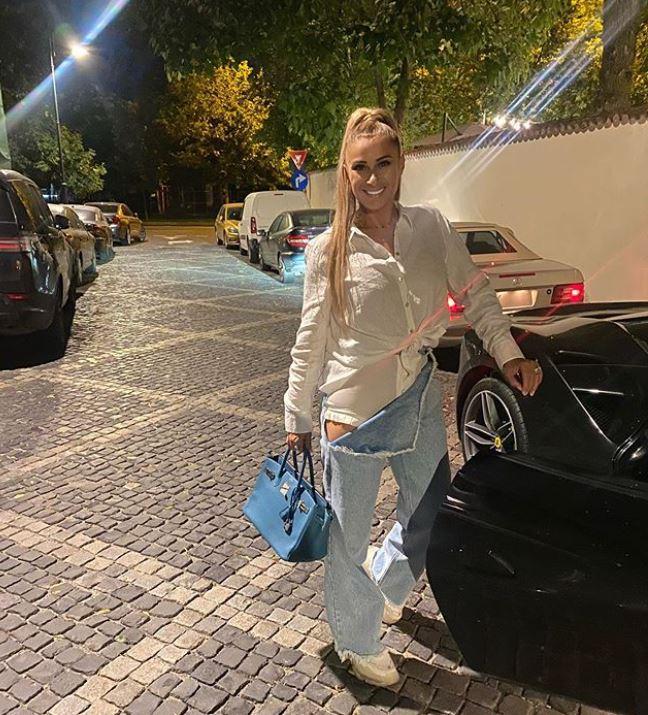 Cum a apărut Anamaria Prodan pe stradă. Cu siguranță nu ai mai văzut așa ceva FOTO
