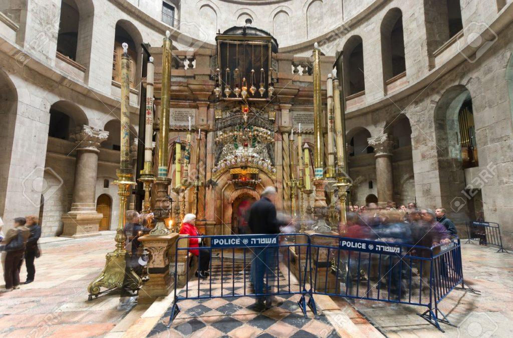 Minunile de la mormântul lui Iisus Hristos. Fenomenele misterioase pe care știința nu le poate explica