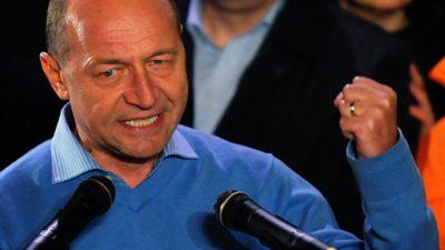 Traian Băsescu cere revenirea la starea de urgență. Ce acuzații îi aduce acum lui Ponta