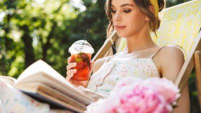 Ce să bei vara pe caniculă. Cele mai bune lichide vara
