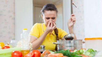 Cum scapi de mirosurile urâte din casă. Ingredientul banal pe care îl are toată lumea