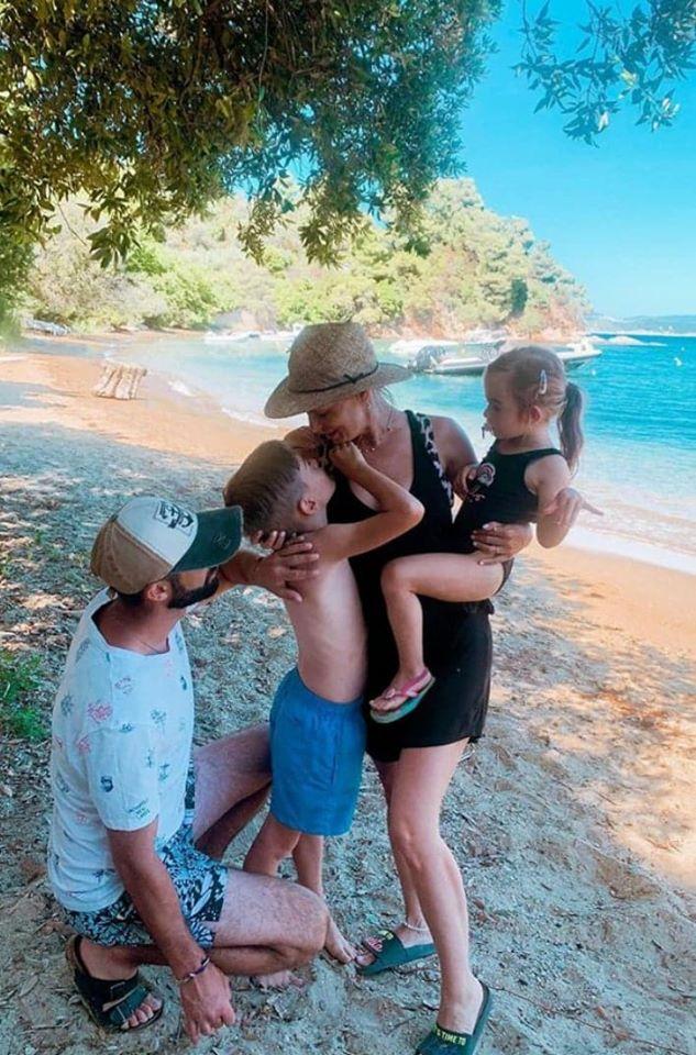 Jojo și familia ei