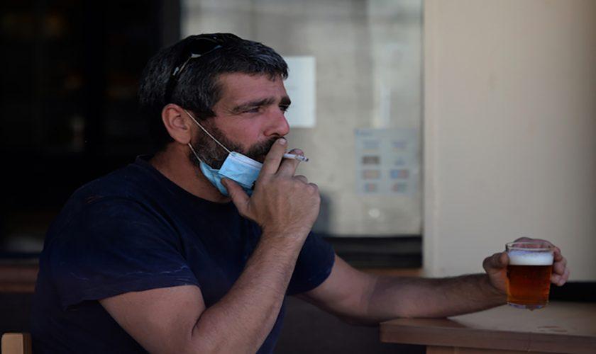 Se interzice fumatul pe stradă, când intră măsura în vigoare. Țara europeană care a luat această decizie radicală
