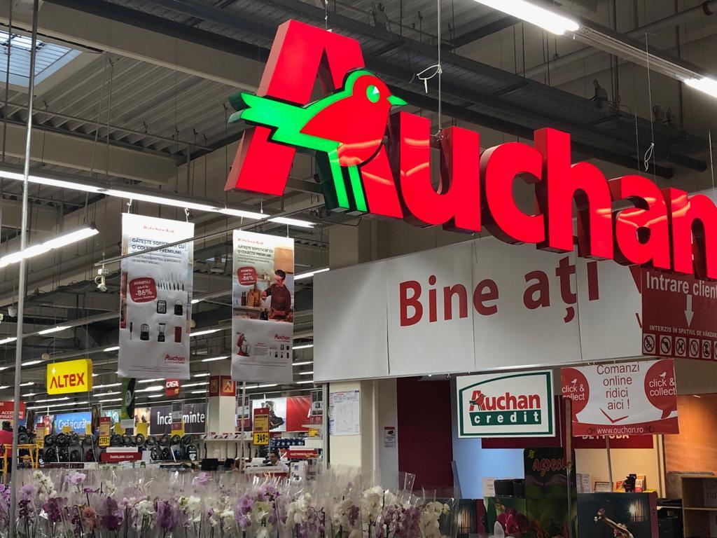 Intrare în Auchan