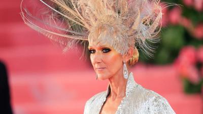 Celine Dion, în costum de baie la 52 de ani. Fanii au rămas fără cuvinte