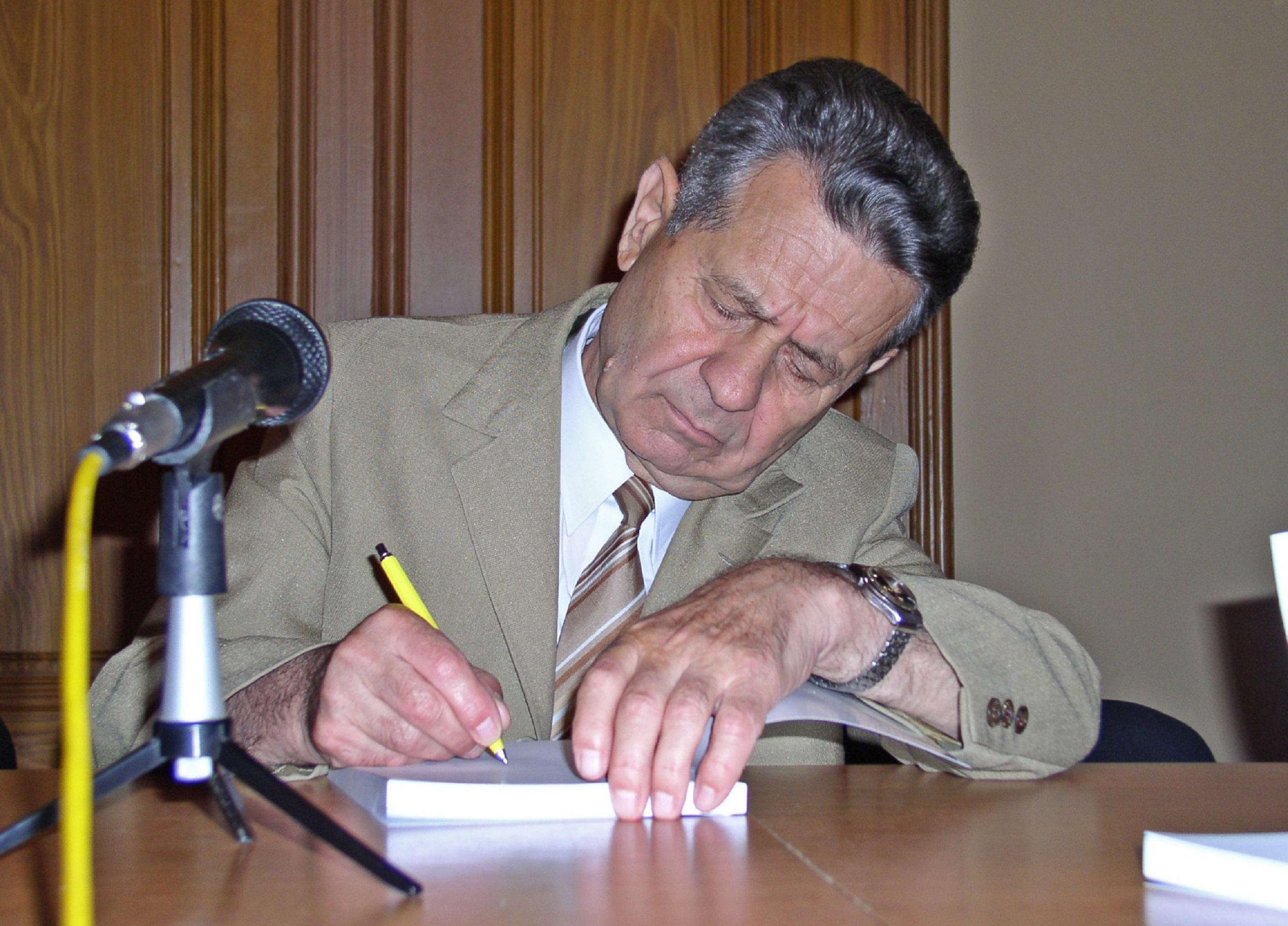 Constantin Olteanu, ultimul primar comunist al Bucureștiului, a reconstruit Steaua
