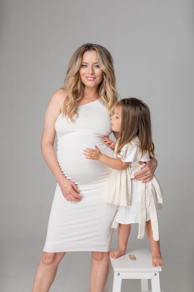 Laura Cosoi a născut al doilea copil. Prima poză cu fiica ei. Ce nume are - IMPACT