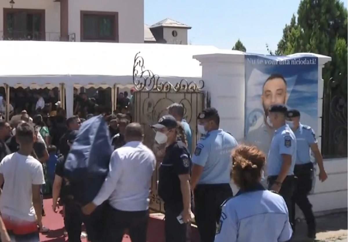 Poliția la înmormântare