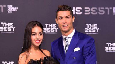 """Ronaldo se însoară? Cum l-a dat Georgina Rodriguez, iubita lui, de gol: """"Ce înseamnă asta?"""""""