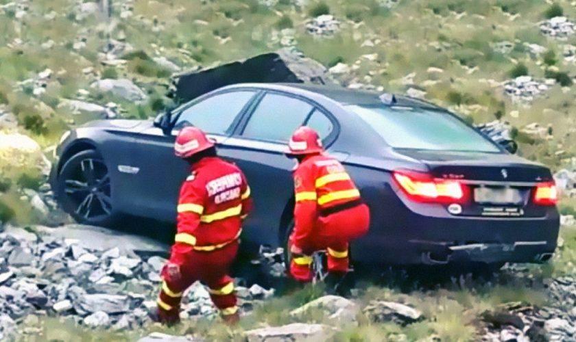 Un turist a văzut o mașină suspectă pe Transfăgărășan. Ce a observat în interior o să-l îngrozească pe viață