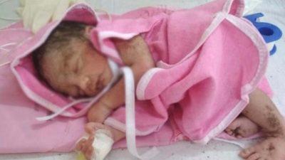 Caz cutremurător. O femeie a născut într-o benzinărie din Satu-Mare, iar apoi și-a aruncat bebelușul la un tomberon