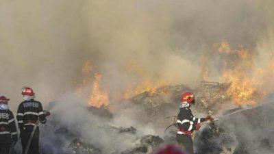 Incendiu de proporții în Chitila, lângă groapa de gunoi. Milioane de cetățeni au fost avertizați prin RoAlert