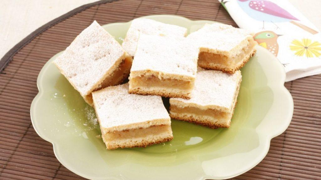 Prăjitură cu mere.
