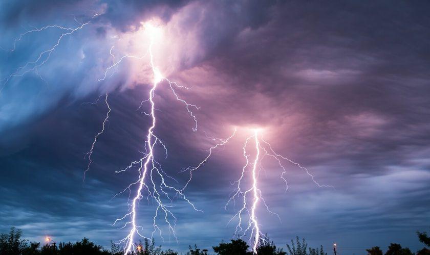 Prognoza meteo pentru 20 august 2020. Cod Galben și instabilitate atmosferică mâine.