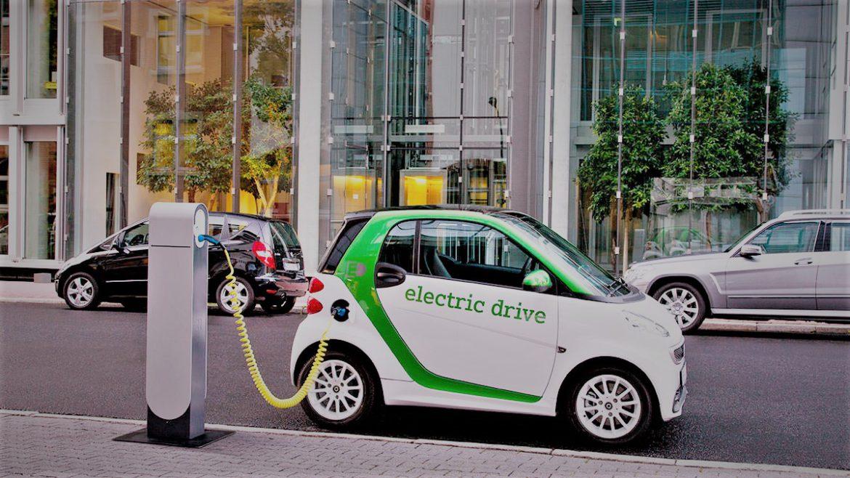 Mașinile electrice mușcă tot mai mult din piața auto
