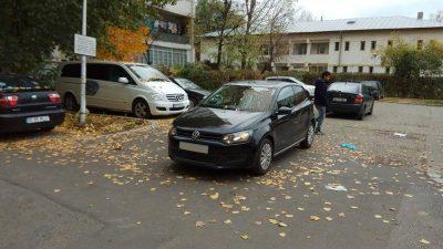 Îți parchezi mașina în fața blocului? Avertismentul emis de Poliție pentru toți românii! Atenție mare