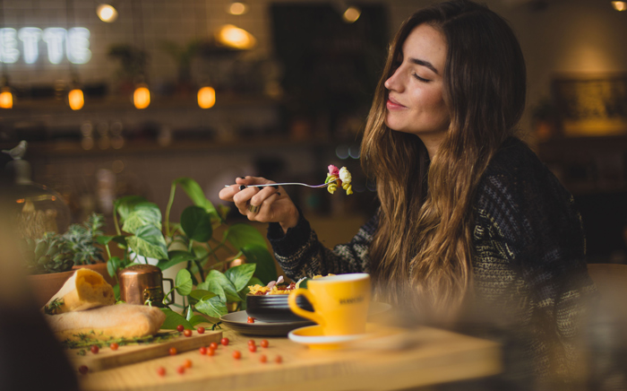 Alimentele care te scot din depresie. Toți românii trebuie să le mănânce zilnic
